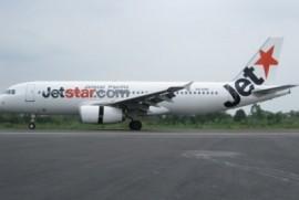 Jetstar Pacific phải dỡ biển quảng cáo